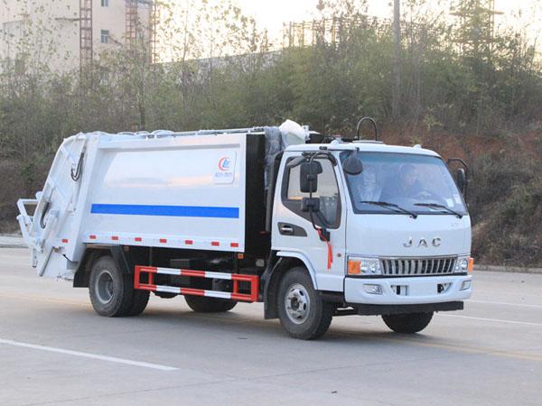 江淮JAC5方压缩式垃圾车
