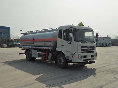 【国六】东风单桥15吨运油车