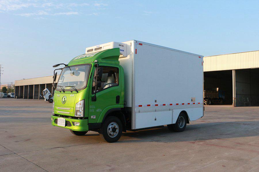 陕汽4.2米纯电动冷藏车